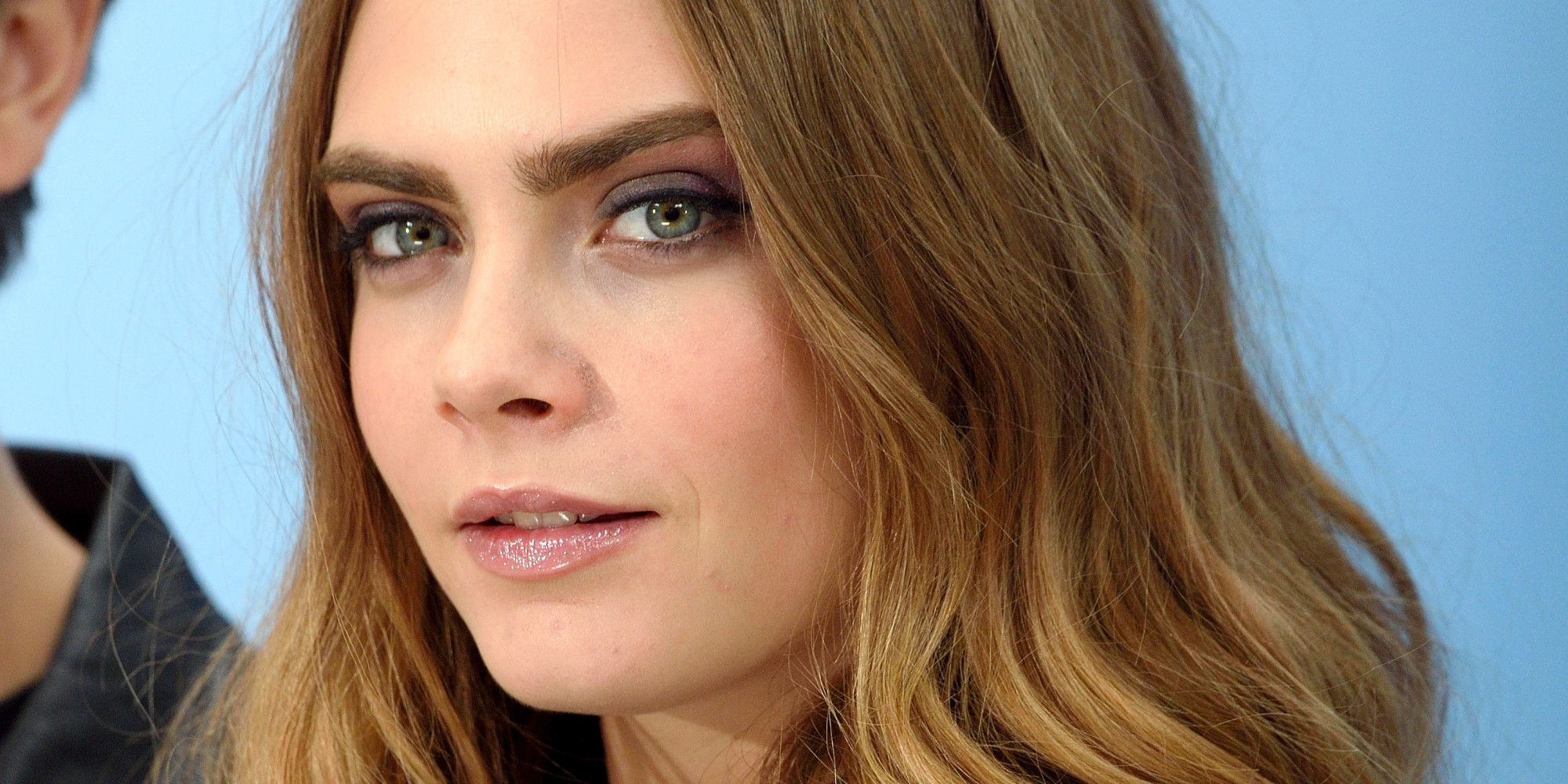 """LONDON, ENGLAND - JUNE 18:  Cara Delevingne attends the """"Paper Towns"""" Photocall at Claridges Hotel on June 18, 2015 in London, England.  (Photo by Karwai Tang/WireImage)"""